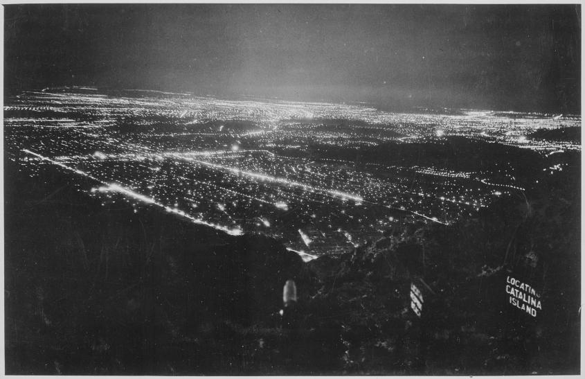 The_sprawling_lights_of_Los_Angeles_and_the_surrounding_area_seen_from_Inspiration_Point_Mount_Lowe_ca._1950_-_NARA_-_541906