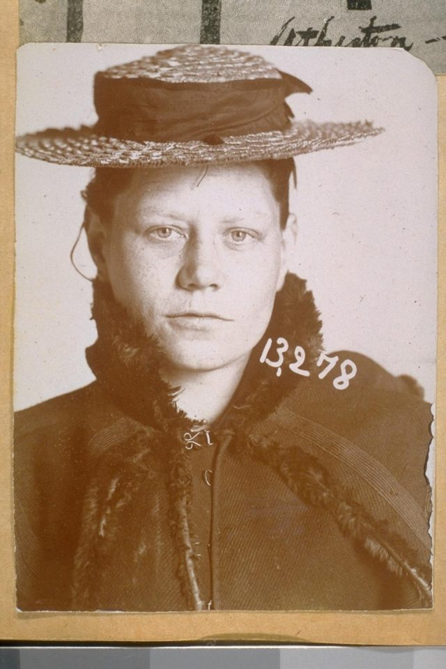"""Jennie Hastings -- Photo Number 13278 -- An old time San Francisco pickpocket; also a grand and petty larceny thief of the old school."" (UC Berkeley, Bancroft Library)"