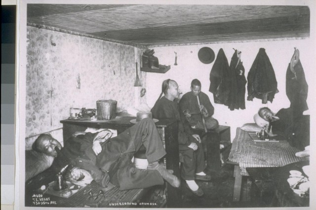 An underground opium den in San Francisco (UC Berkeley, Bancroft Library)