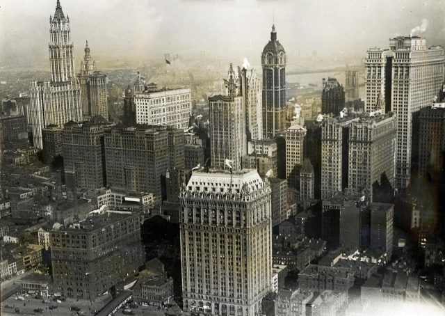 new_york_city_aerial_view_1919