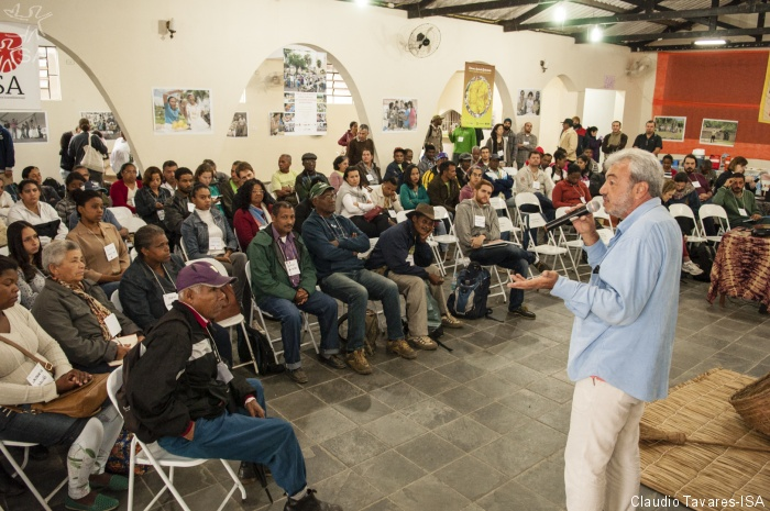 Quilombola activists gather in Eldorado for a seminar on climate change hosted by Instituto Socioambiental. Courtesy Claudio Tavares ISA.