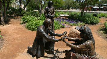 """Lasting Peace"" - Statue at Peace Garden, commemorating the peace treaty between settler John Meusebach and Chief Santa Anna of the Comanche Indians (via City-Data)"