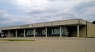 Image of a strip mall church in Austin, Texas
