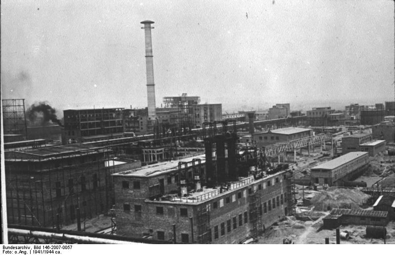 IG Farben factory near Auschwitz, 1941 (German Federal Archive)