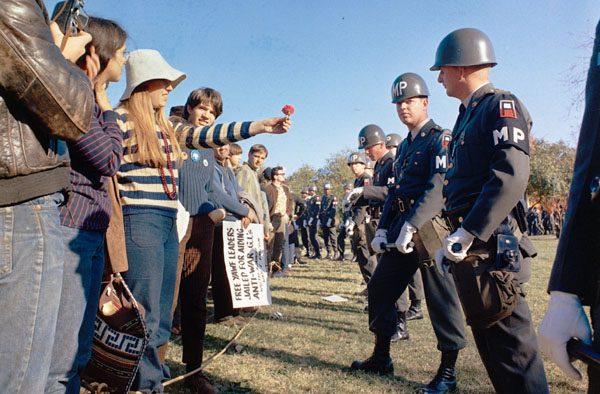 Anti-Vietnam War demonstration at the Pentagon, 1967 (Wikipedia)