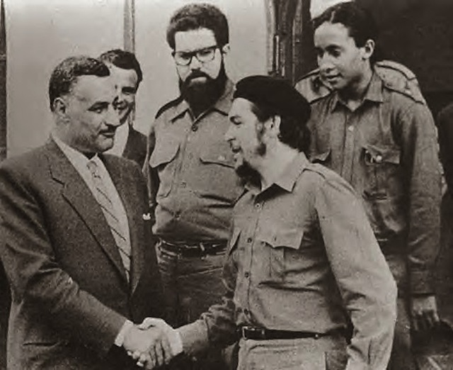 Che Guevera shakes hands with Gamal Abul Nasser. Via the Middle East Institute Journal blog.