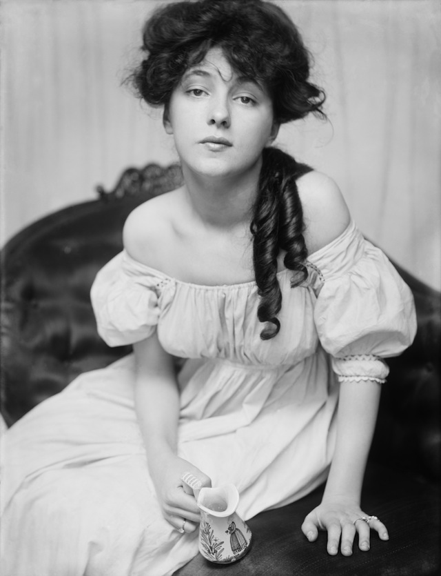 Photo of Evelyn Nesbit, whose affair with the architect Stanford White led to his death on the rooftop of Madison Square Garden in 1906.