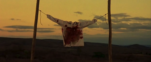 Screenshot from the film Abril Despedaçado.