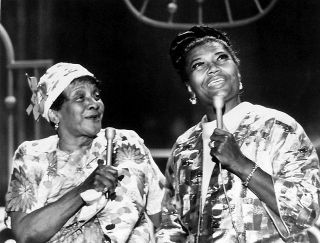 pearl_bailey_moms_mabley_the_pearl_bailey_show_1971