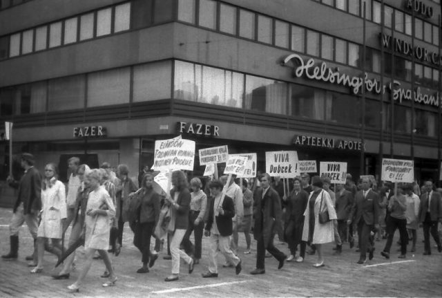 Helsinki_demonstration_against_the_invasion_of_Czechoslovakia_in_1968