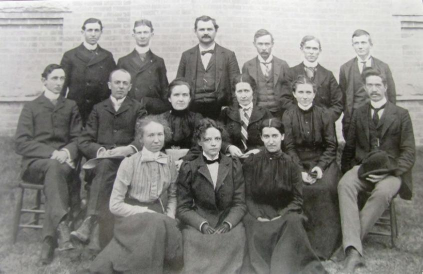Black and white image of the University of Texas' first Master of Arts and Master of Science candidates in 1900